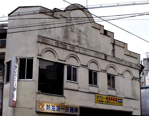 40_02.jpg