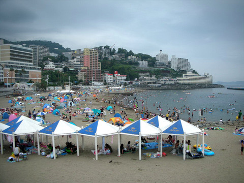 atami-beach.JPG